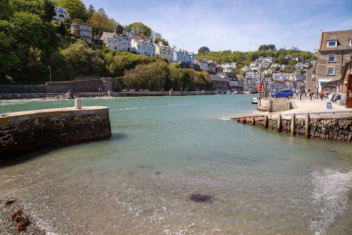 Looe Harbour: Beautiful all year round